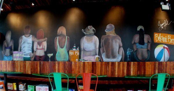 vẽ trành tường quán cafe