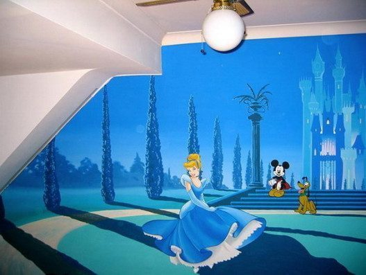 Cute-Princess-Wall-Murals-for-Girl-Bedroom-527x397