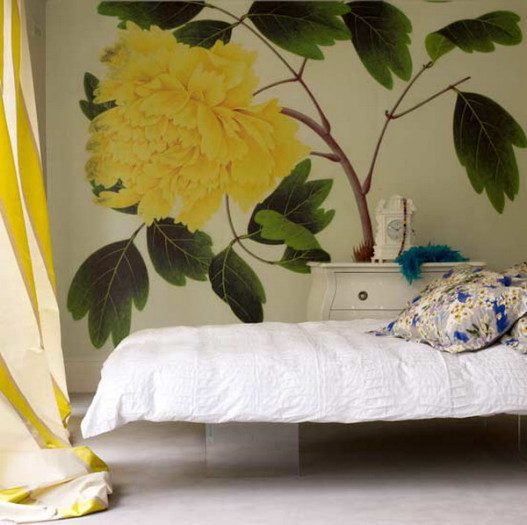 Green Tree and Yellow Flowers in White Bedroom Ideas 527x525 - Vẽ Tranh Tường Phòng Ngủ