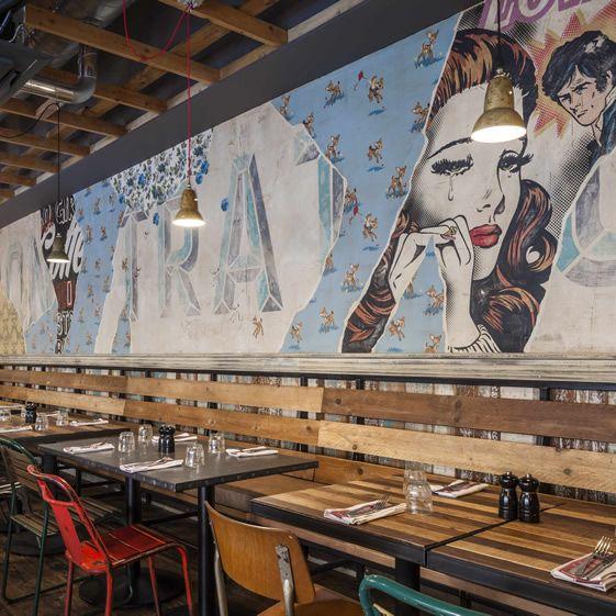 ve tranh tuong1 - Vẽ Tranh Tường Nhà Hàng Bar