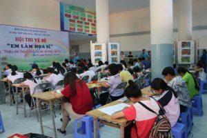 Các-bé-học-vẽ-tại-Trung-tâm-Văn-hóa-Quận-Tân-Phú