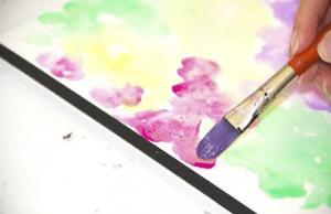 2 12 300x194 - Hướng dẫn những kỹ thuật cần biết khi vẽ tranh màu nước