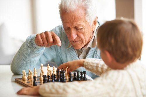 Cờ vua giúp ngăn ngừa bệnh Alzheimer's